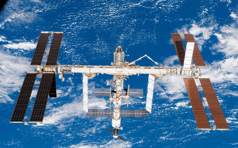 space_station-008.jpg