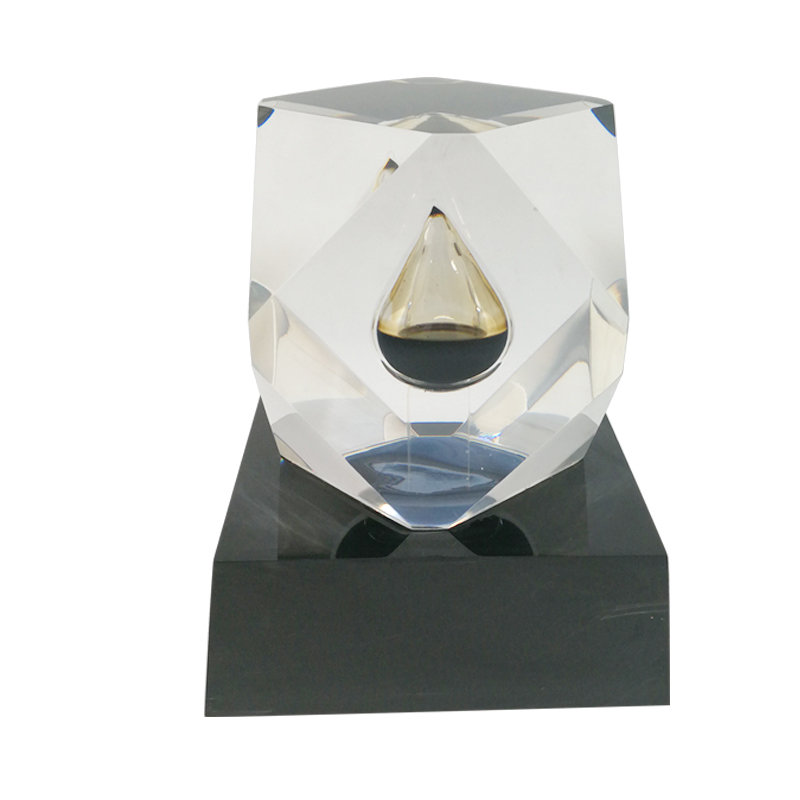 Black Base Polygon Oil Poly Resin Paperweight