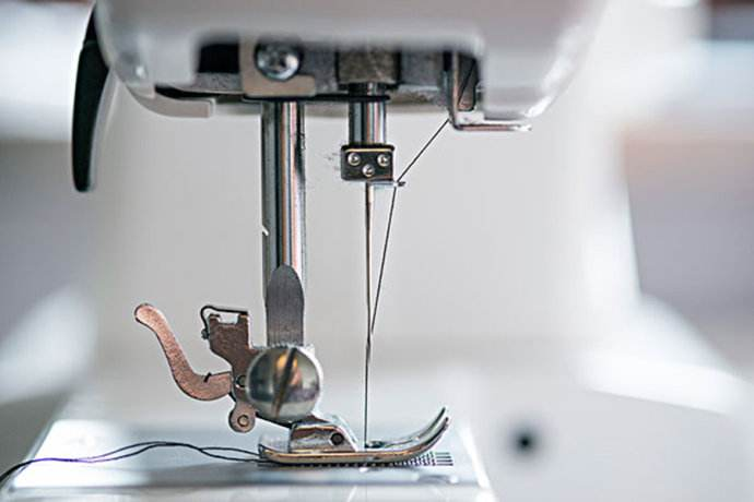 Sewing machine stitching principle?