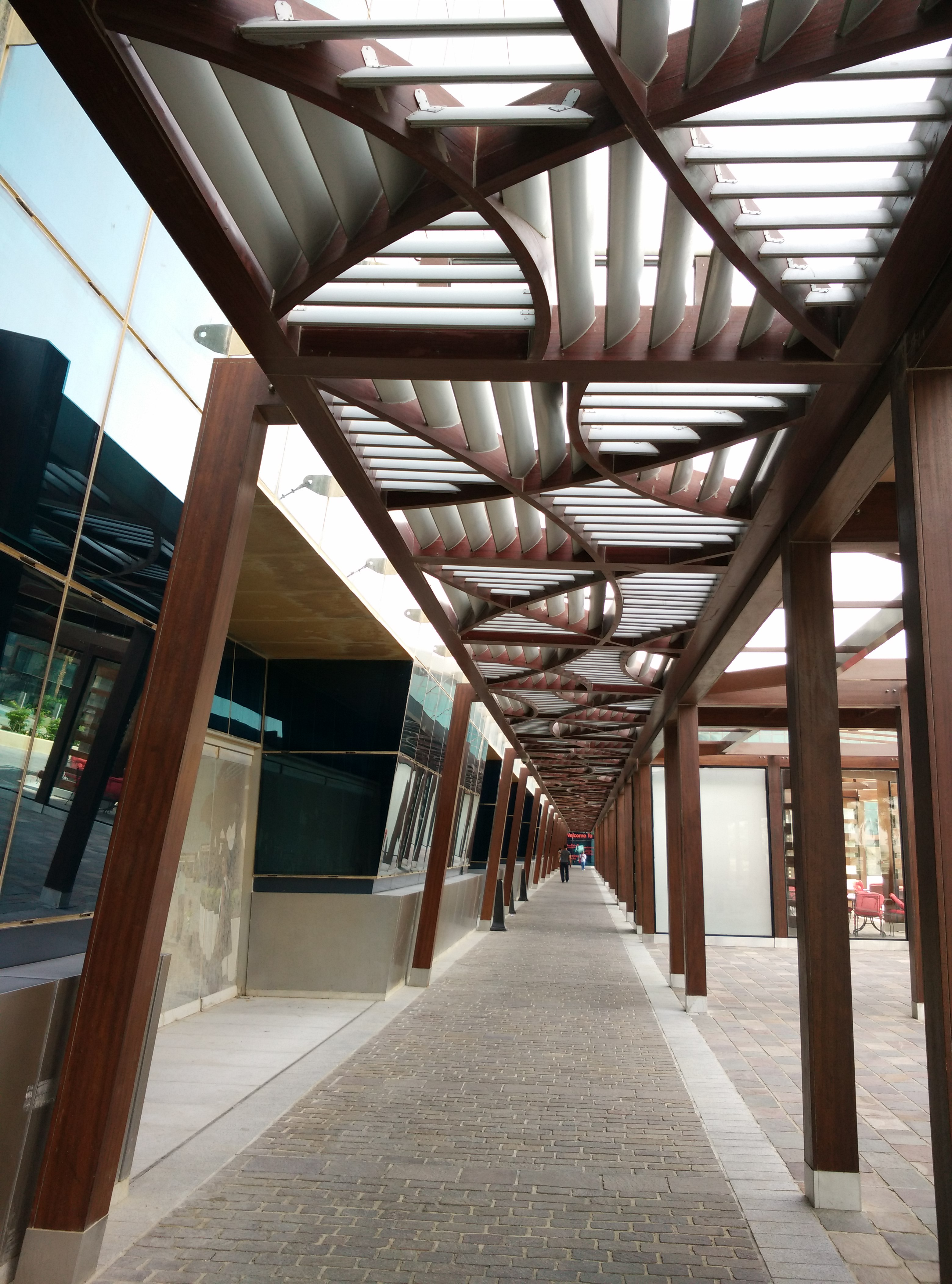 Doha combination louver corridor