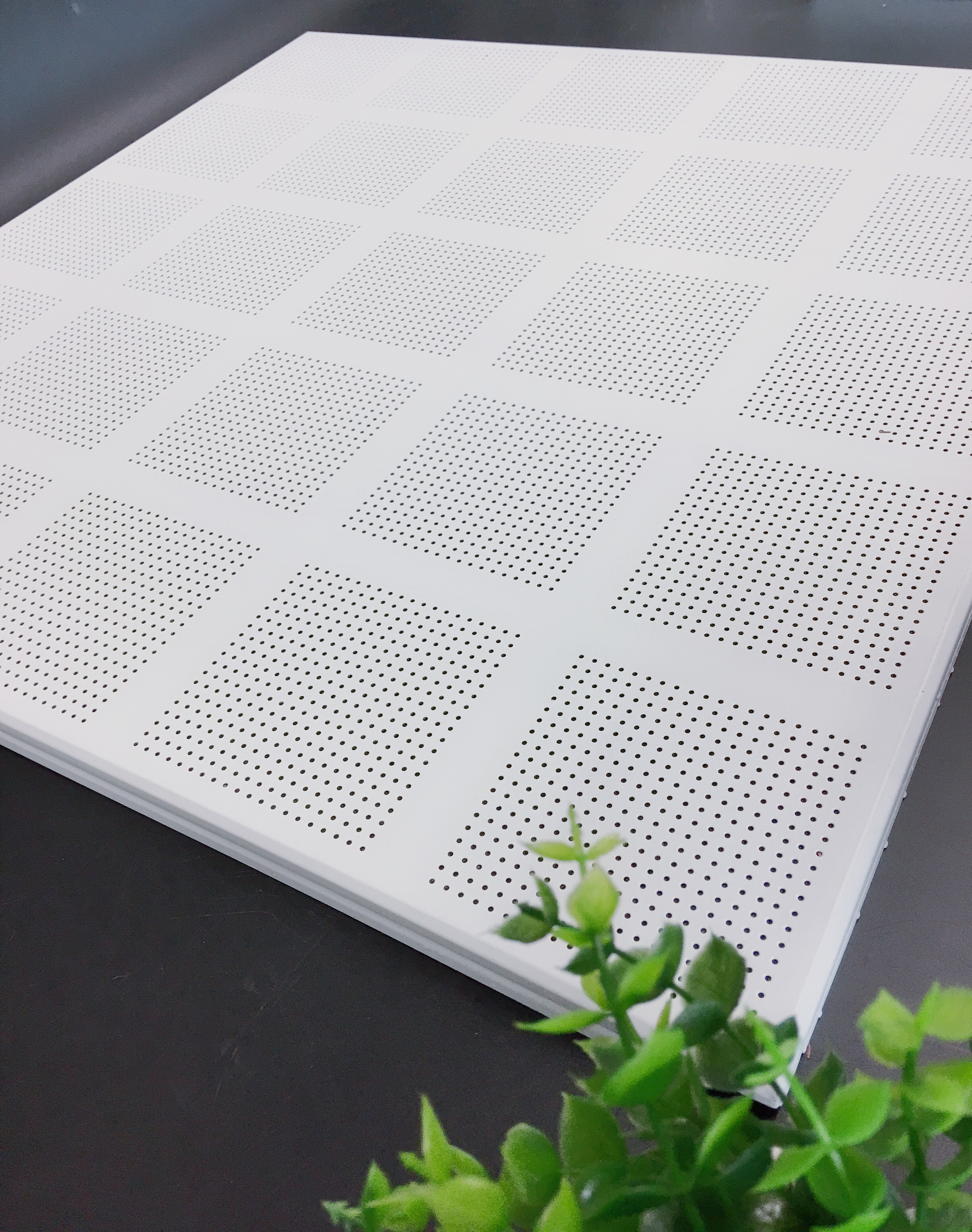 25 Grille Square Perforation Series