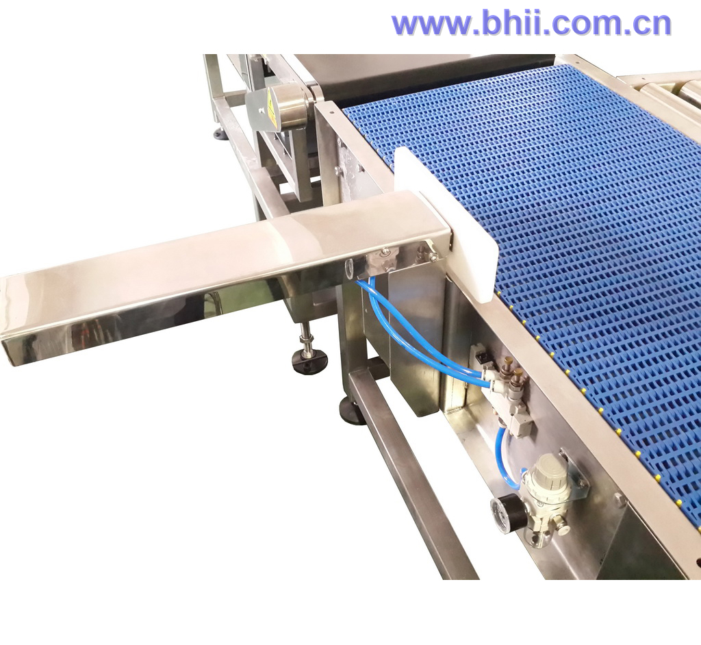 Heavy Duty Mesh Belt Conveyor with Air Pusher