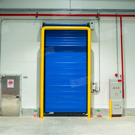 Energy-saving soft high-speed cold storage door