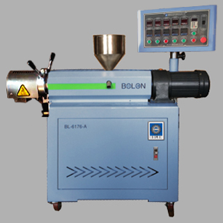 LABORATORY SINGE-SCREW EXTRUDER 1