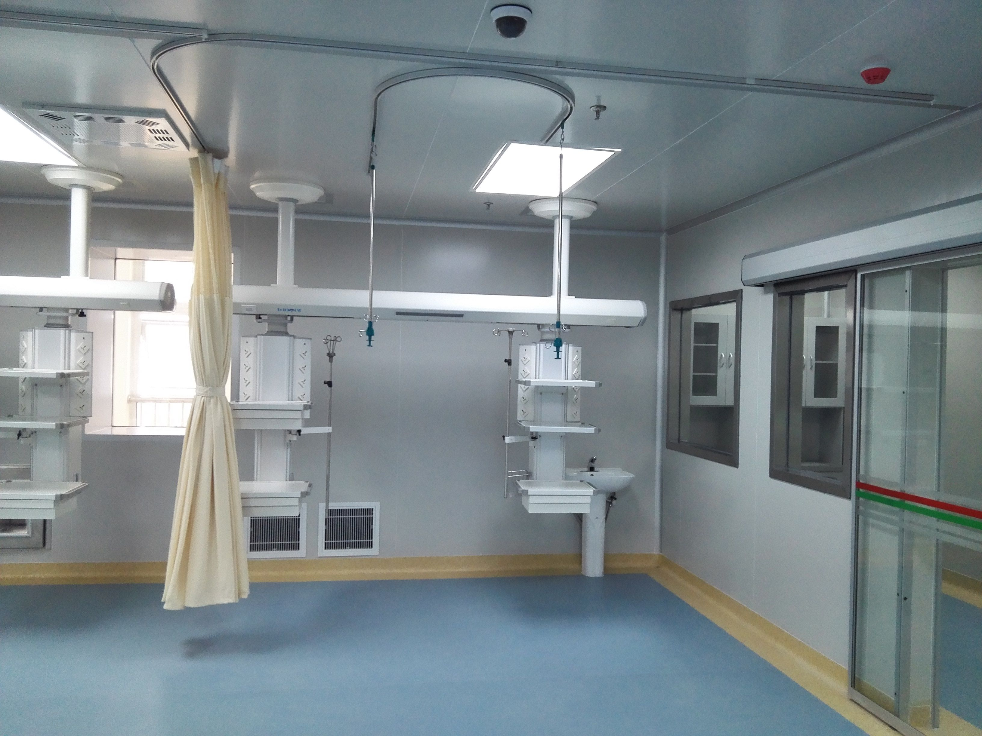 Medical infusion hanger track curtain track