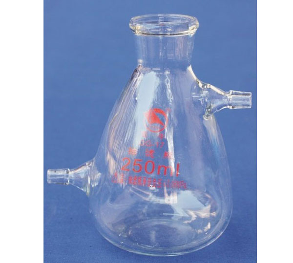 1434   FILTERING FLASK with side tubulature
