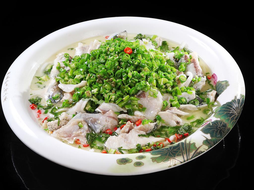 青椒河水鱼