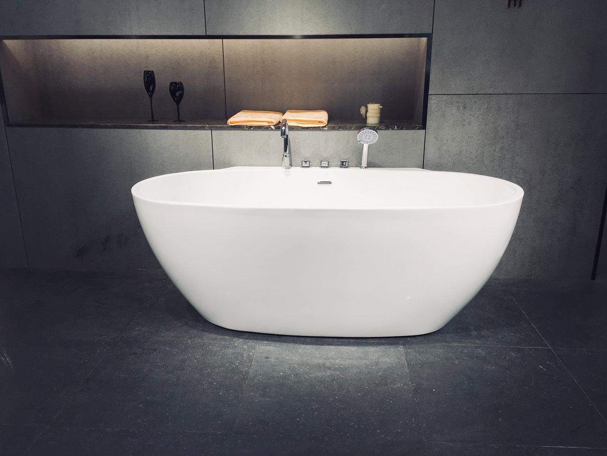 Free-standing-bathtub-Q360S