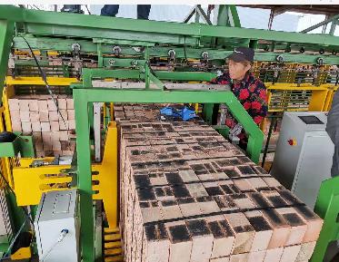 砖块半自动打包机
