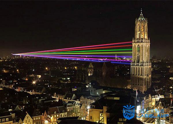 激光表演之激光彩虹