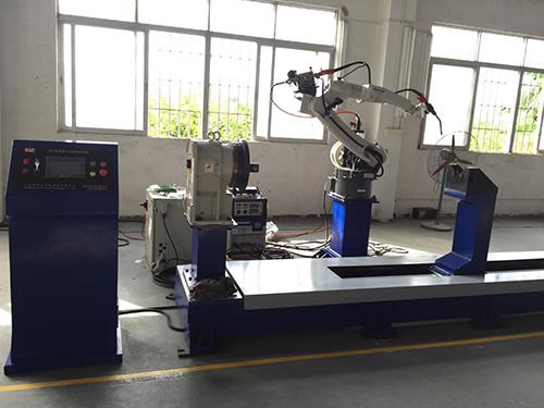 松下機器人焊接設備