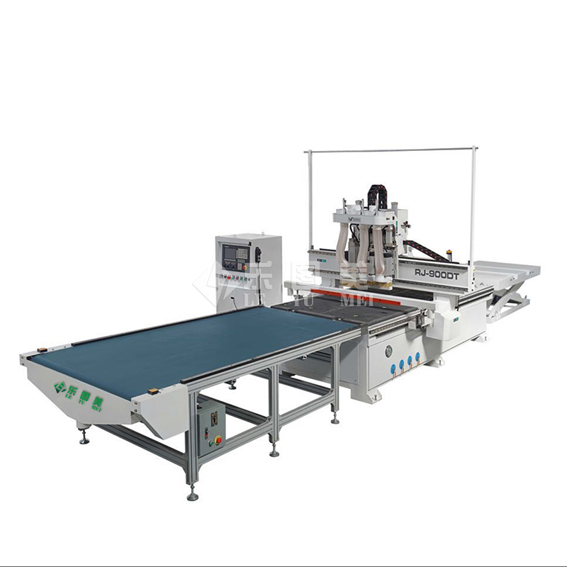 Automatic loading and unloading with diamond bag cutting machine
