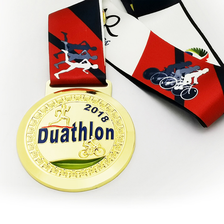 Oneway Wholesale Custom Design 3D Gold Metal Award Triathlon Running Sport Madel