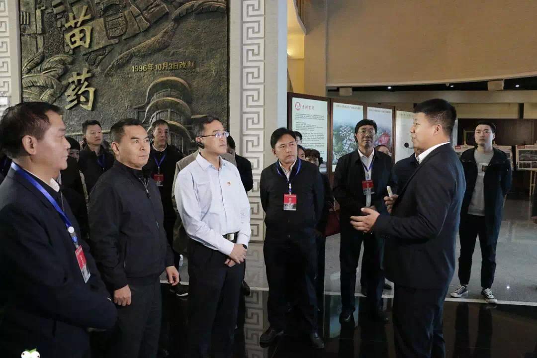 贵州省人大代表观摩团赴贵州百灵参观精准扶贫工作成果