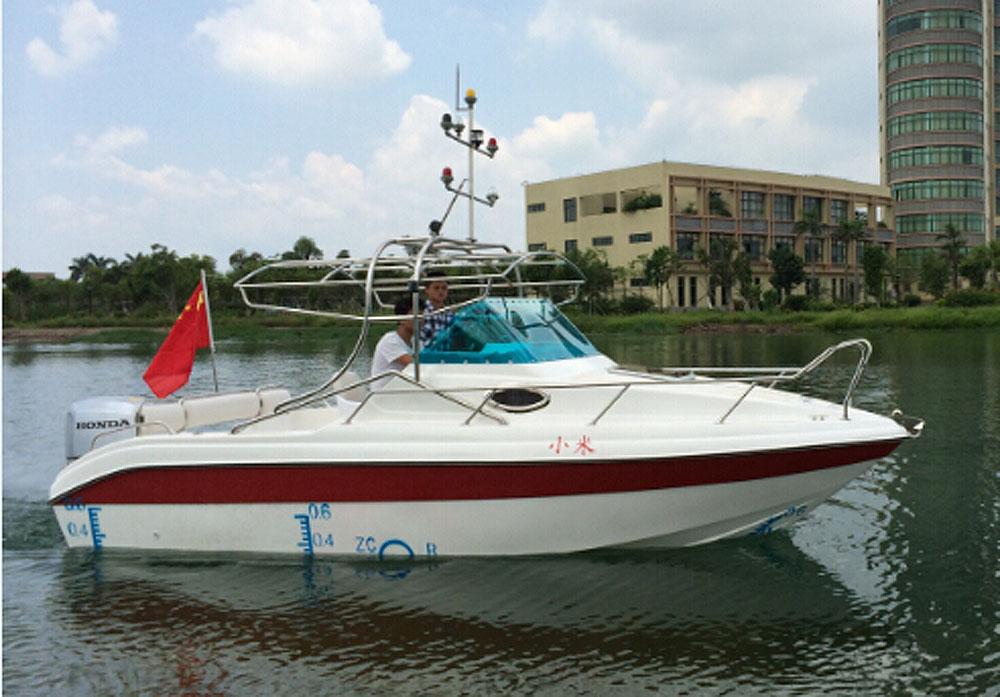 MF605豪华快艇