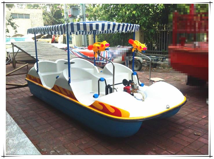 四人水战脚踏船