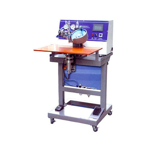 Automatic beading machine