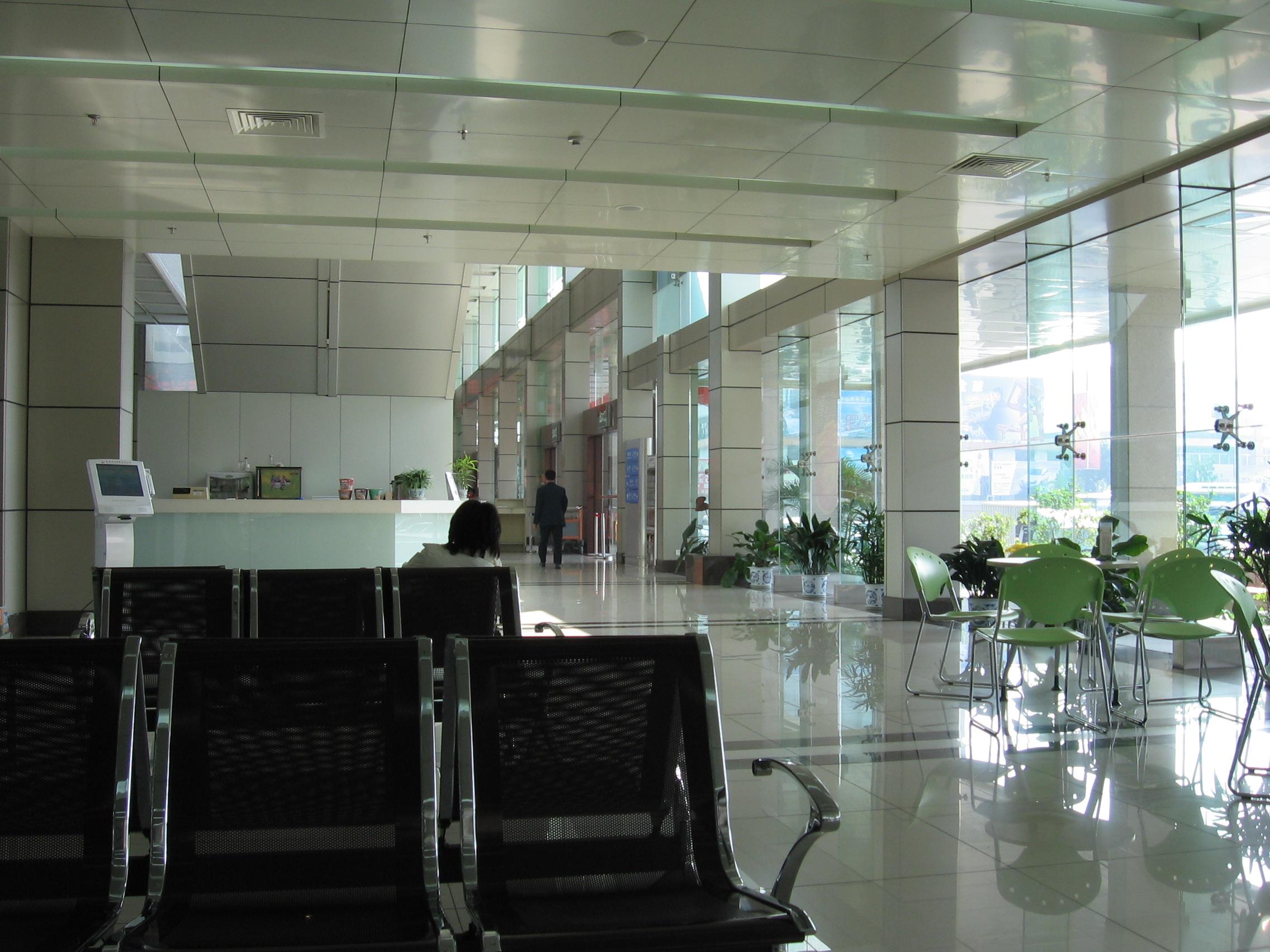 中山港客運站天花工程