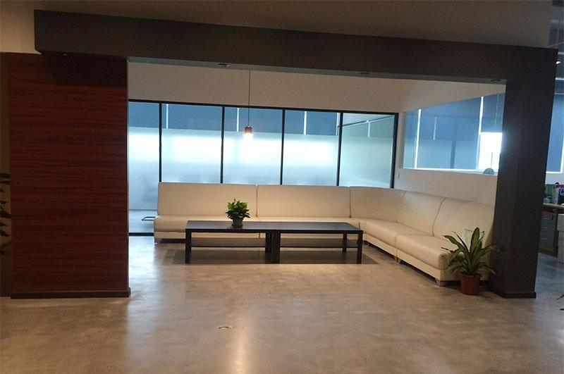 商业风格-清水混凝土硬化抛光地坪系统