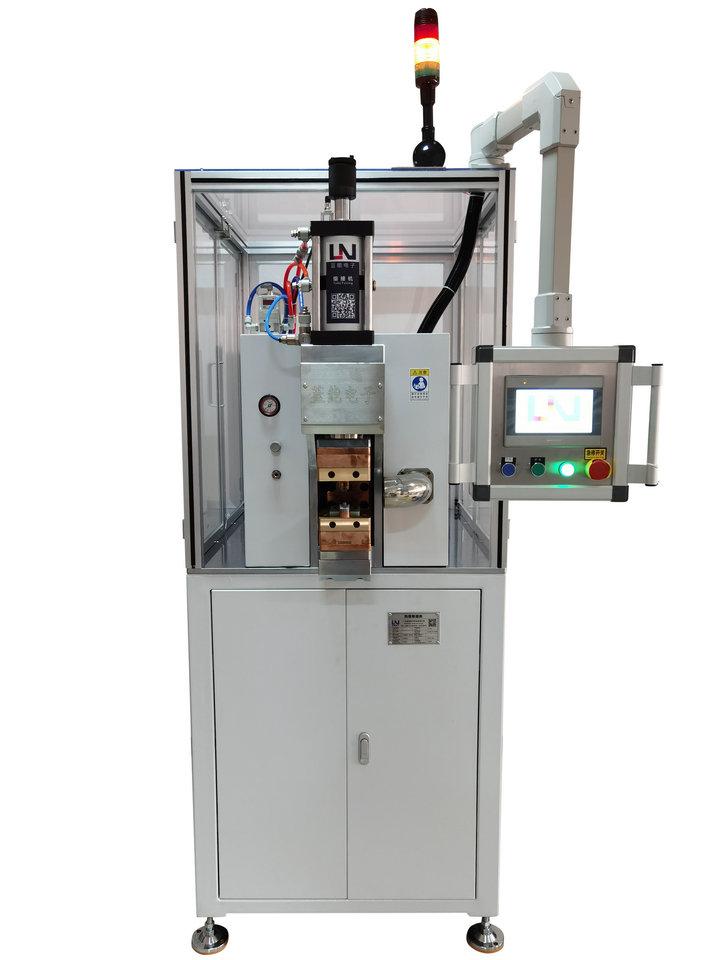 可自由升降的电机定子引线焊接机