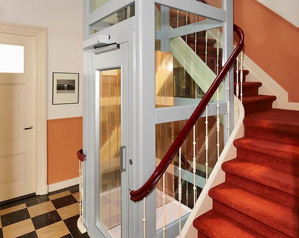 小尺寸曳引式观光别墅电梯