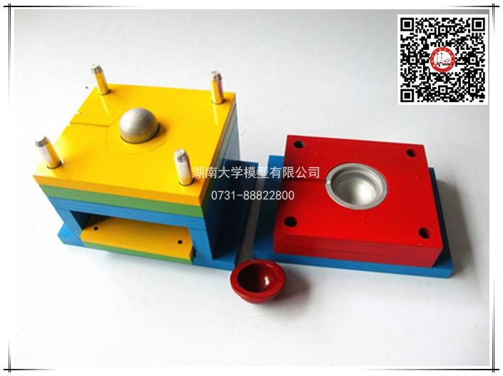 塑料模具教学模型-角式螺纹注射模 -106120