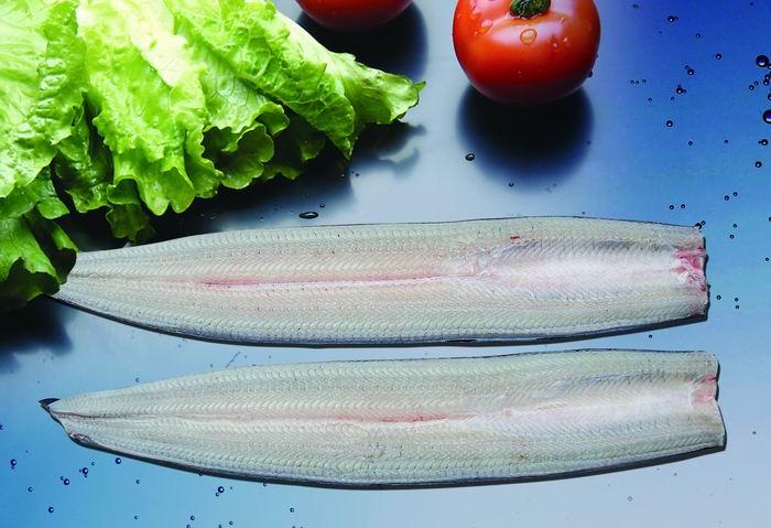 东龙烤鳗--无头冻鳗