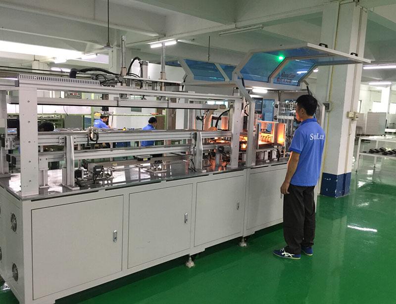 車間生產-全自動太陽能電池片串焊