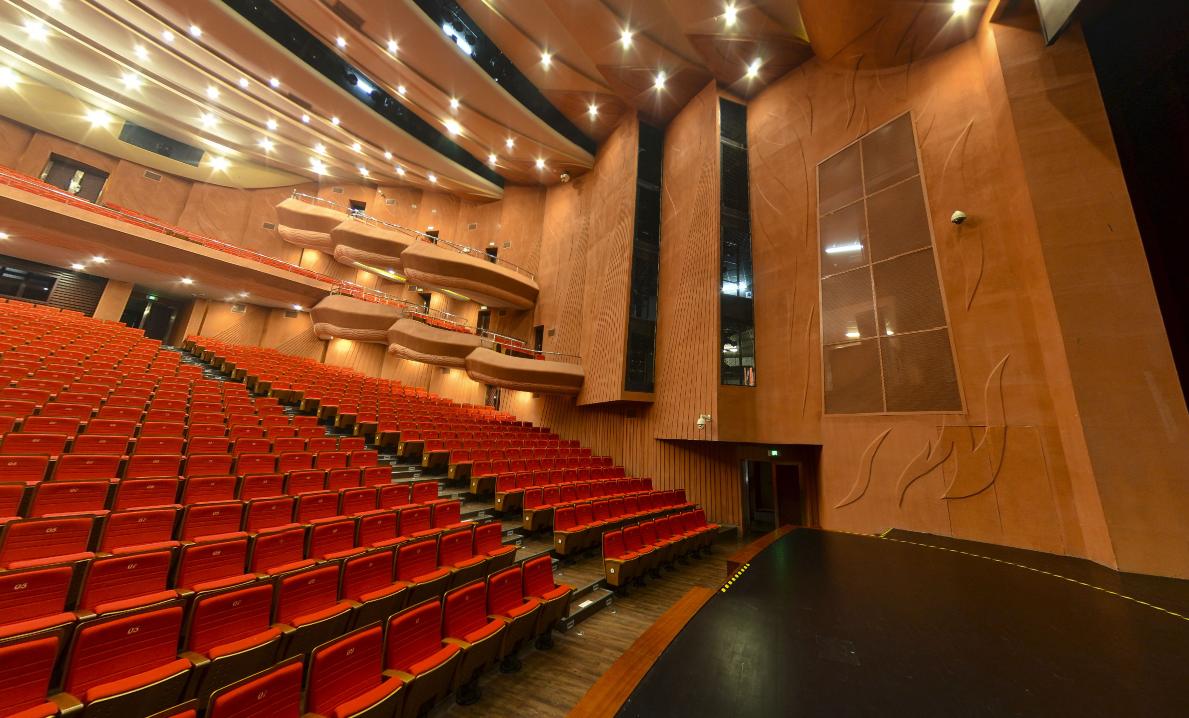 政府会议厅、展览中心