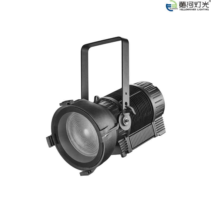 YR-D355(防水电动变焦变聚光灯)