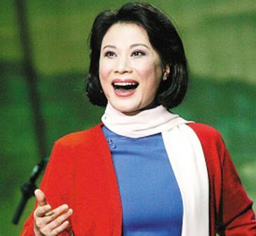 铁金-空军政治部文工团著名女高音歌唱家,国家一级演员