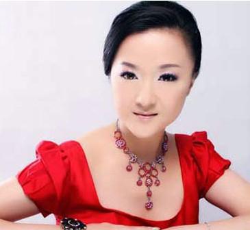 徐晓英-上海歌剧院首席女高音歌唱家、国家一级演员