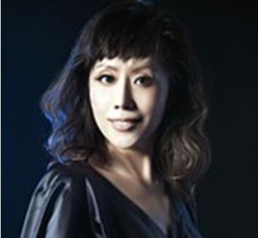 王威-中央歌剧院女高音歌唱家