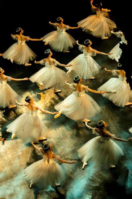 芭蕾精品晚会《黄河》《仙女》《生命之歌》