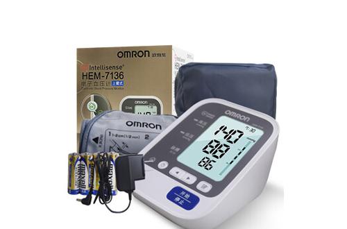 欧姆龙7136血压计