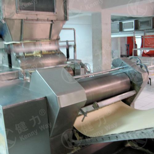 Non-fried instant noodle production line