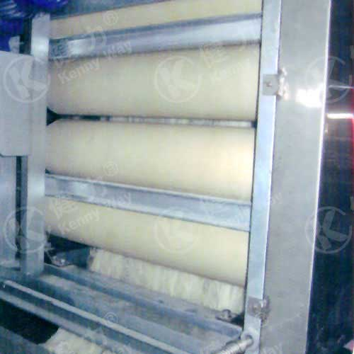 Noodle loosing machine