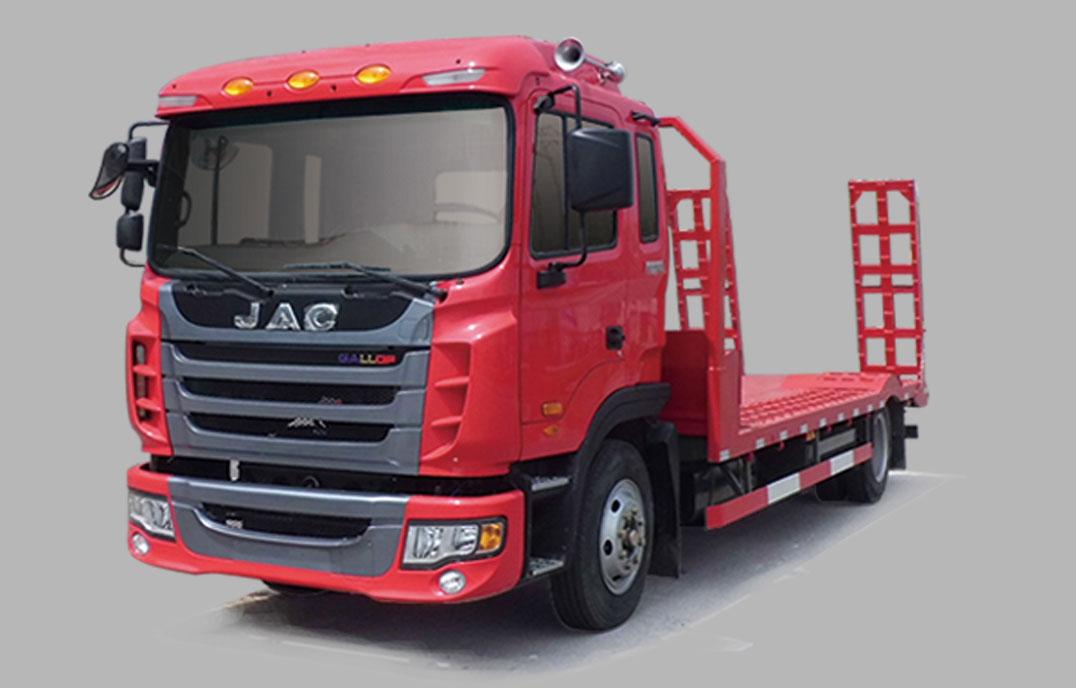 中型工程机械运输车