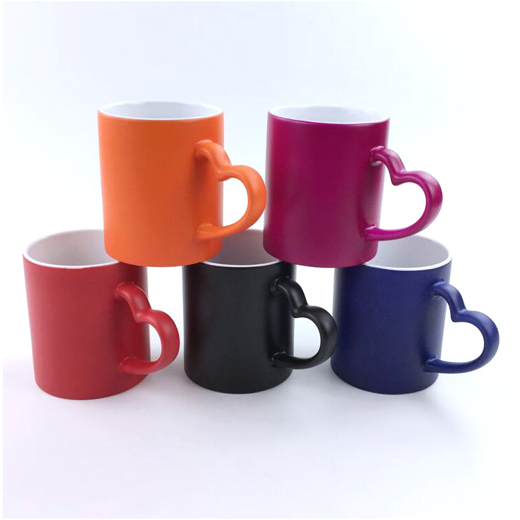 Color Changing Mugs with Heart Handle