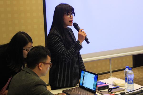 广东金牌陶瓷有限公司产品研发中心总监兼金牌亚洲市场运营总监罗才金讲述市场运营规划.JPG