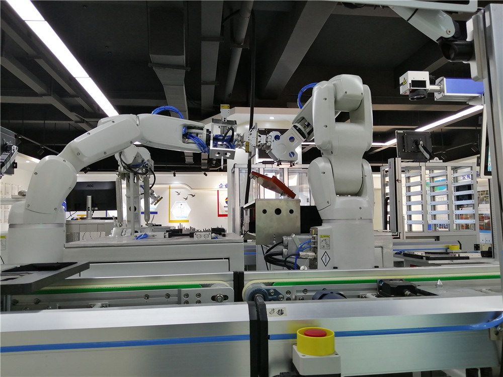 机器人装配