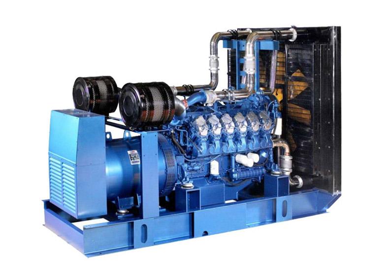 12M26系列—潍柴600kW陆用柴油发电机组