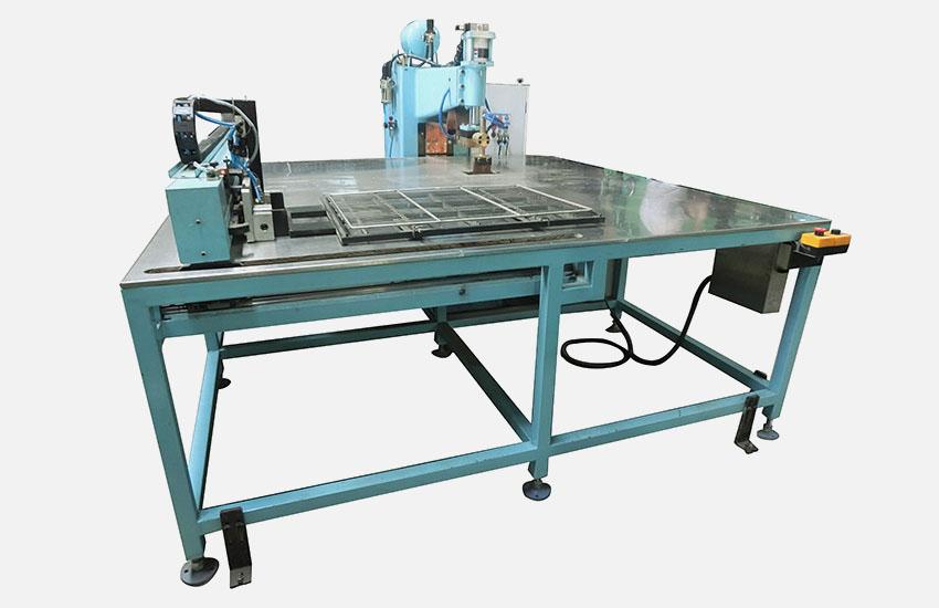 廣州眾幫焊接設備-平臺式xy軸網片排焊機