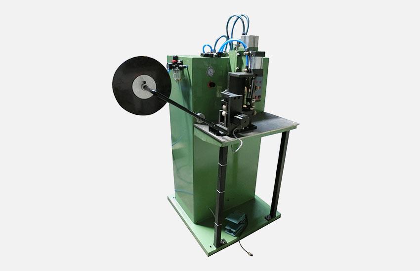 廣州毅翚機械-半自動儲能焊機